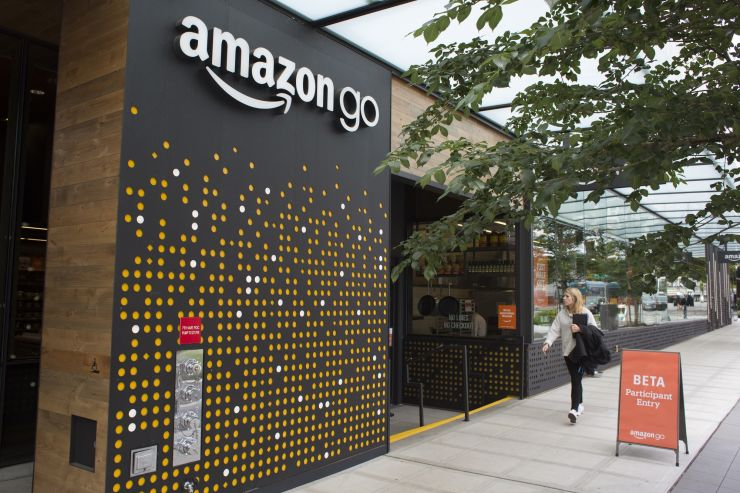 Amazon Go opens for the first time in New York. And the cashier-free store will accept cash