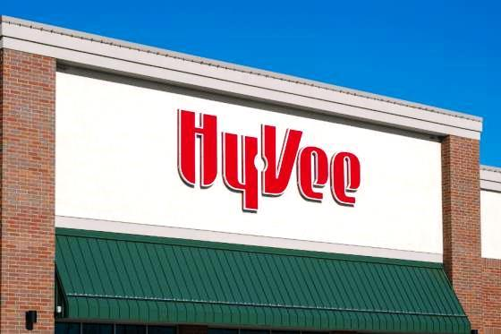 US: Hy-Vee Makes Free Grocery Pickup, Delivery a Closer Reach