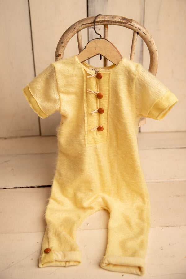Duckling yellow fuzz short sleeve 9-12m Romper