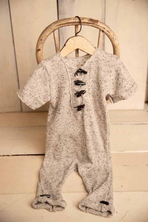 CHIP short sleeve 9-12m Romper