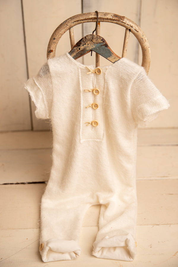 Off-white extra fuzz short sleeve 9-12m Romper
