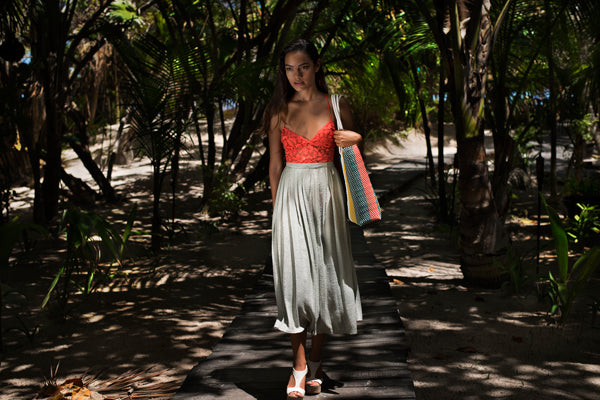 Shopping bag green orange yellow walking Amor y Mezcal