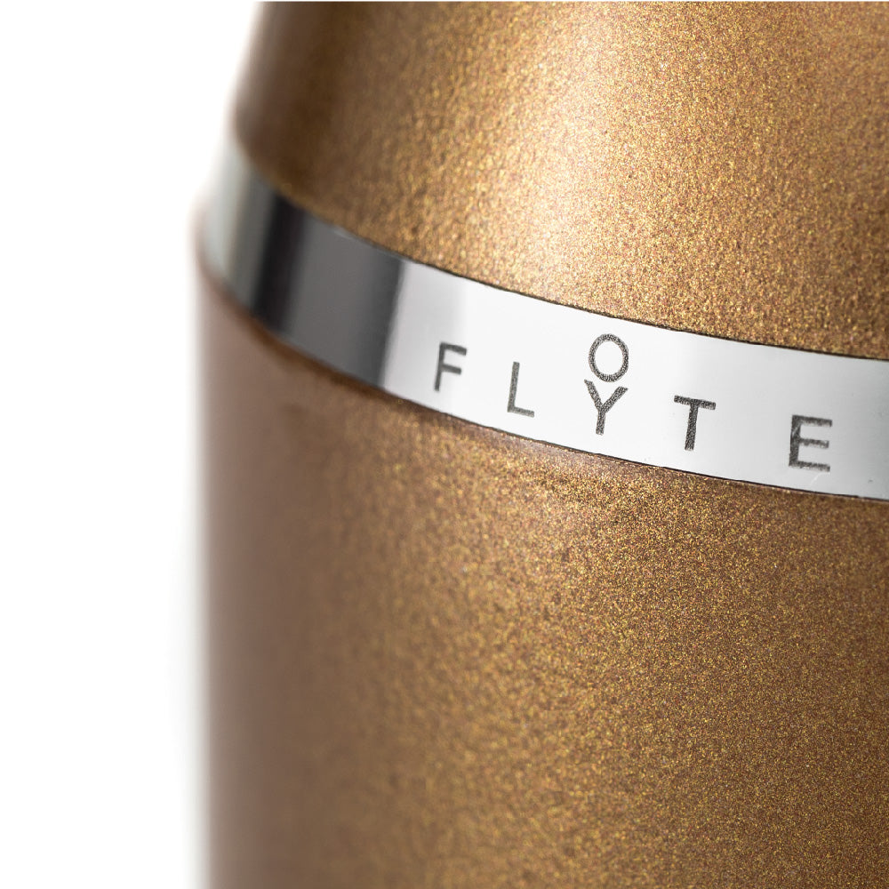 FLYTE Levitating light bulb - Royal cup detail