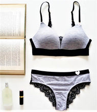 Load image into Gallery viewer, Bra & Panty Set - 42