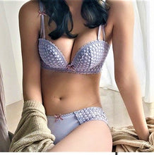 Load image into Gallery viewer, Popcorn Lace Bra Set