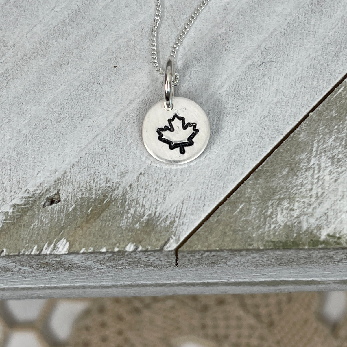 Mini Icon Necklace -Travel Edition