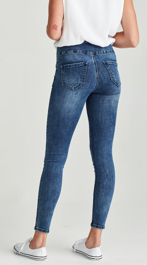 plus size, high waisted ripped skinny jeans