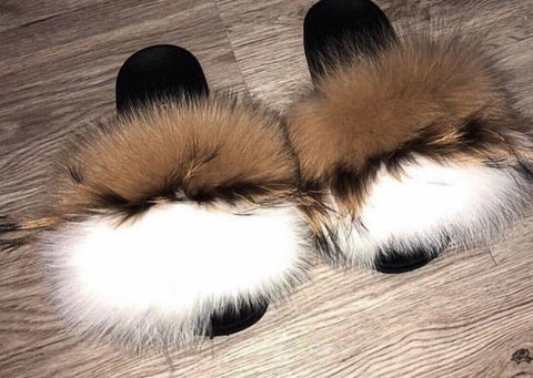 Tripping nude white fox fur slides - Feeling Fanci