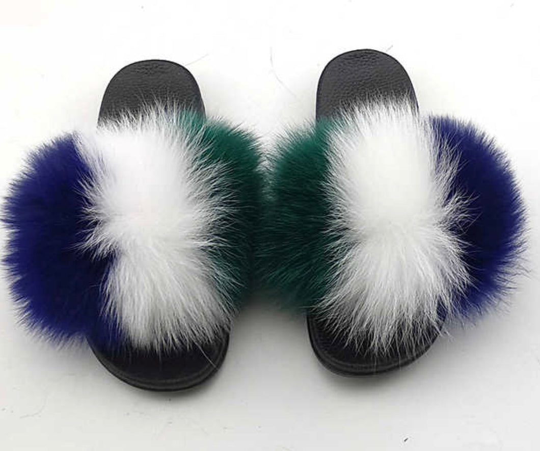 Skyrose fox fur slides