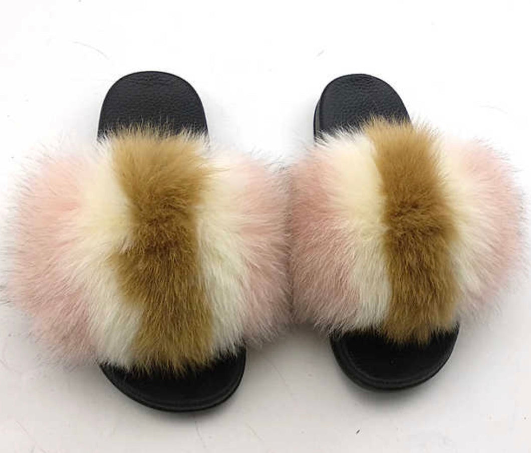 Lollipop fox fur slides