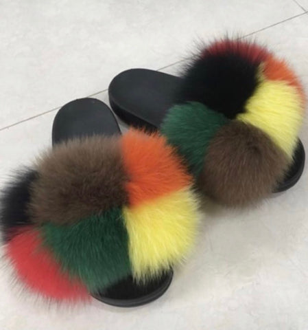 Milan fox fur slides