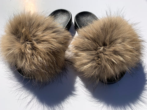 Neutral raccoon fur slides