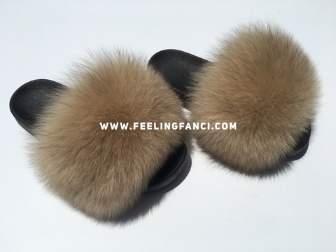 Nude fox fur slides - Feeling Fanci