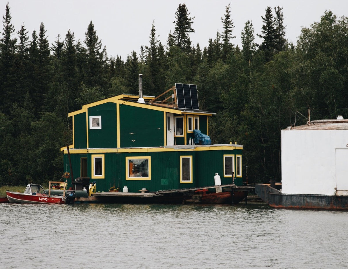 Houseboats on Great Slave Lake in Yellowknife. Seems like a life well lived…