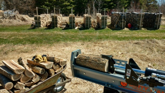 SPLITTING FIREWOOD