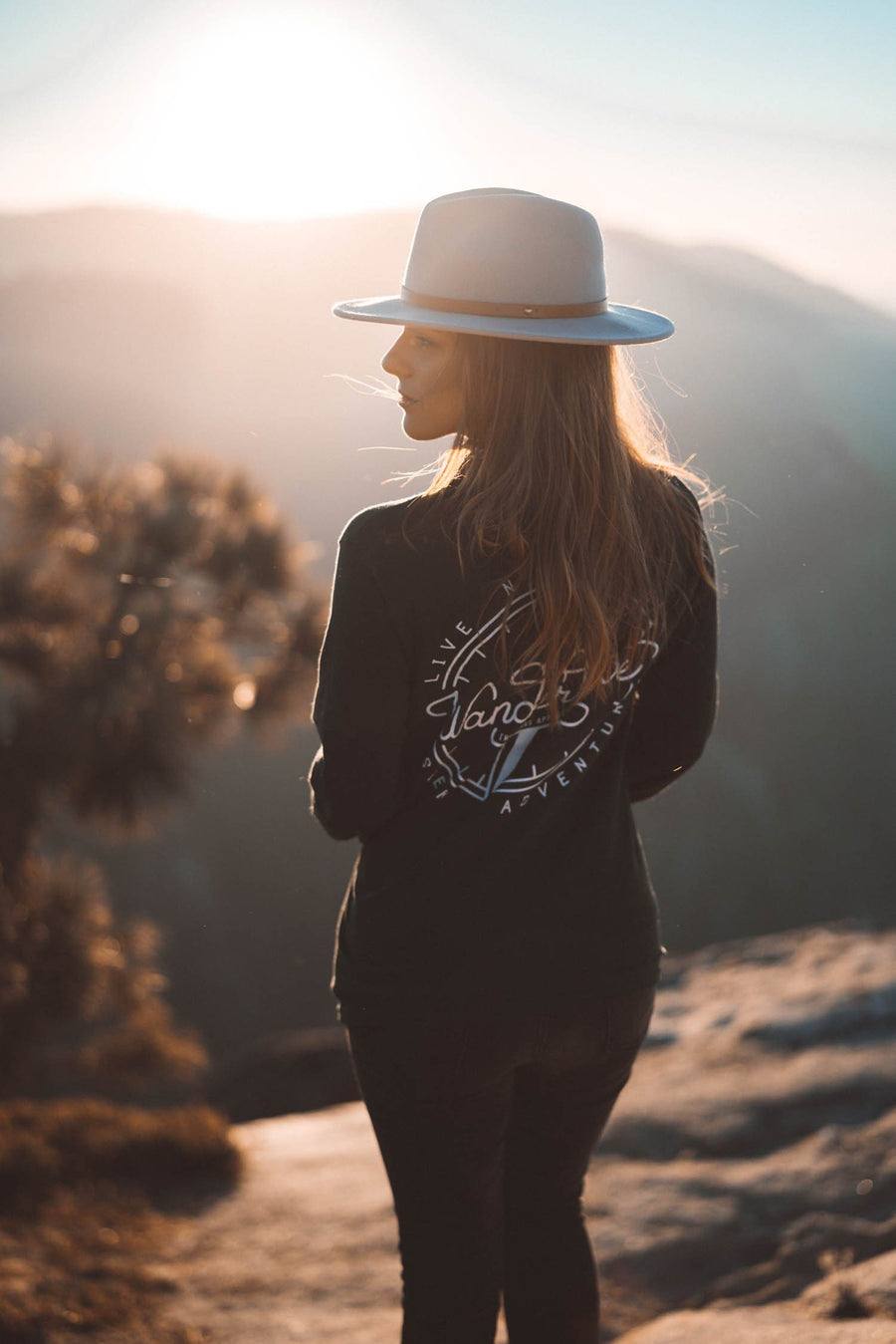 Wanderlove Heavy Long Sleeve Tee - Wondery, A Parks Apparel Brand