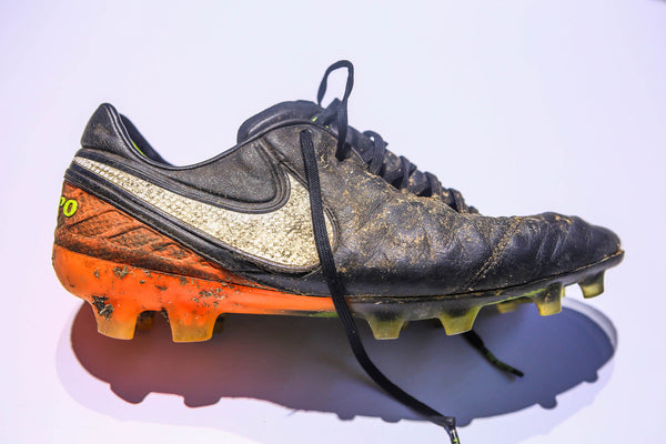 f38e4946c67c The above Nike Tiempo Legend was exposed to oversaturated amounts of water  and moisture