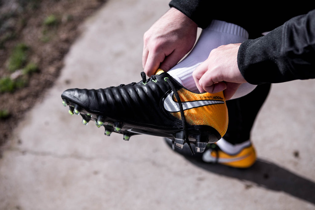 outlet store 3c4fd b2781 The soleplate on the Tiempo Legend 7 is the HyperStability soleplate.  Making the football boot all so much lighter, the HyperStability plate also  offers ...