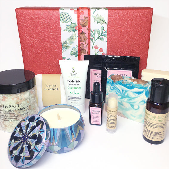 Pamper Christmas Pack - Deluxe Bath