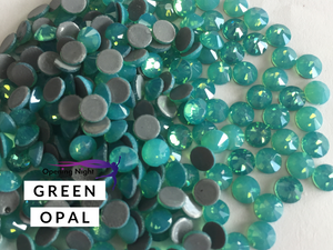 Green Opal Opal - Hotfix Diamante AAA Crystals