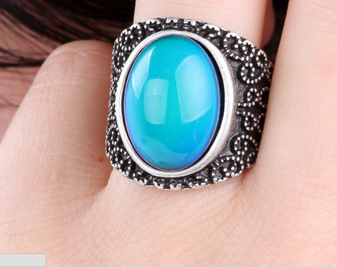 Gypsy Style Color Changing Oval Mood Ring