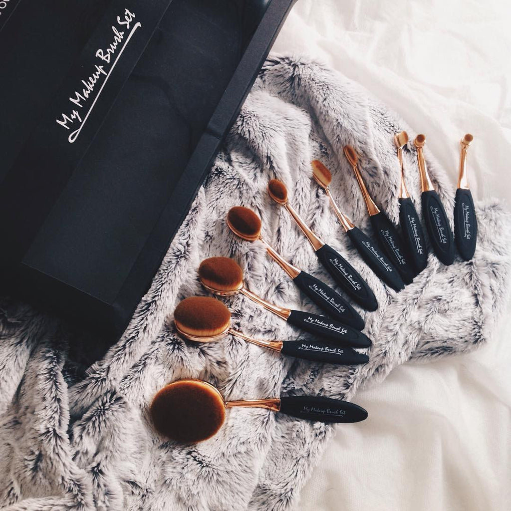 Mac Oval Brush Set Versus My Makeup Brush Set Oval Brush Set