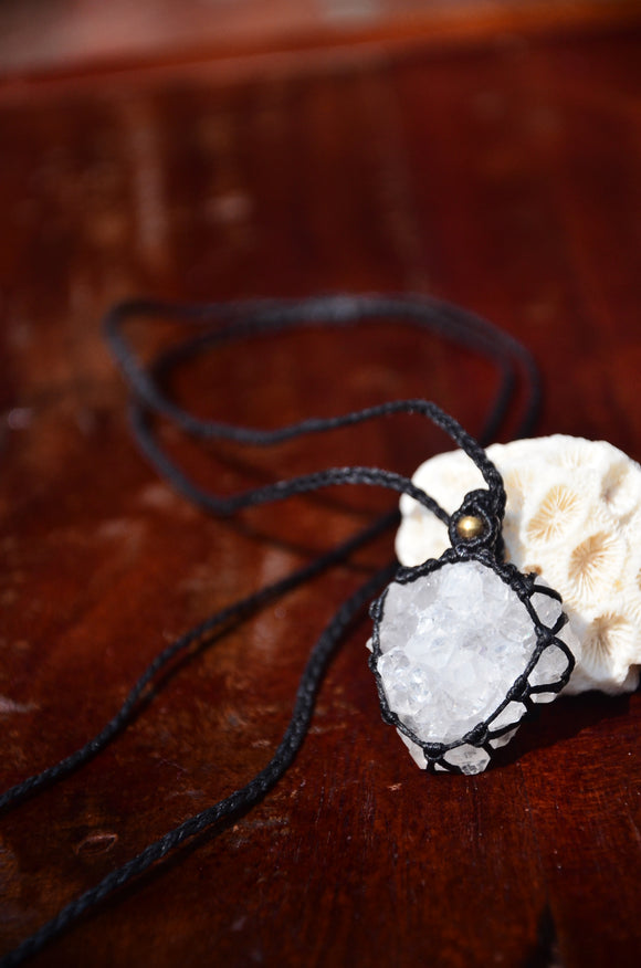 Raw Crystal, Clear Crystal Macrame Pendant