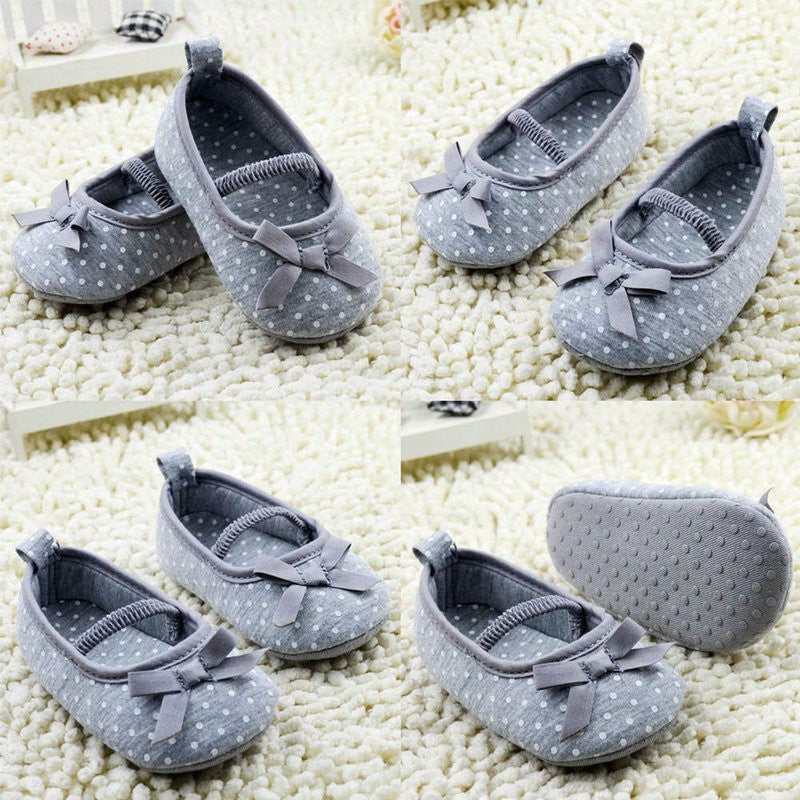Anti-Slip Bowknot Dot Grey Crib Shoes