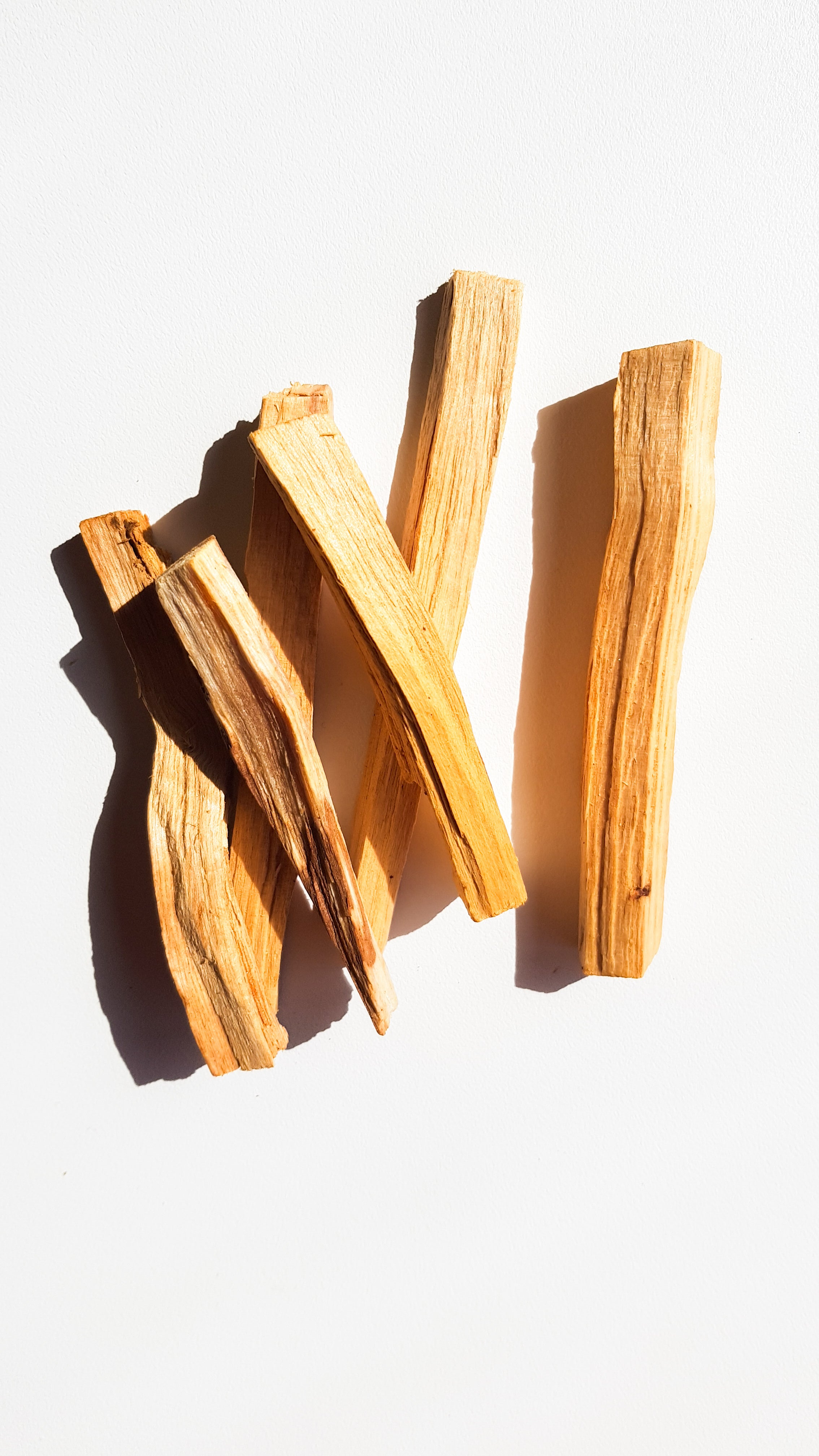 Palo Santo { energy cleansing ritual } - Ora Wellbeing