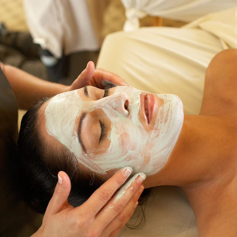 Organic Facial Treatment