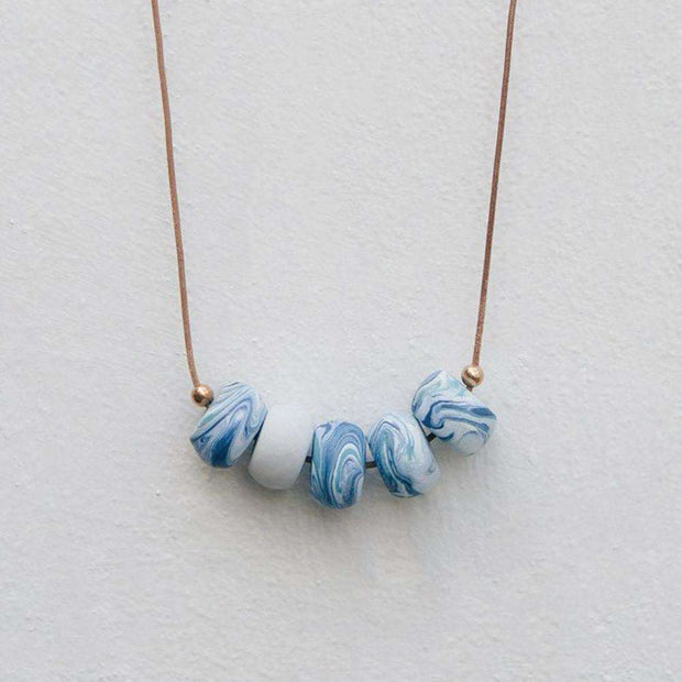 Marbling + Foiling - Creative jewellery design workshop, a creative and relaxing activity in Singapore - Longue Vue Design