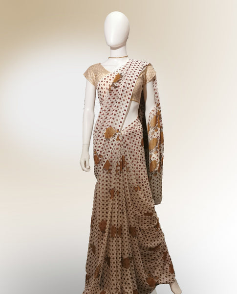 Saree in Off White and Maroon with Floral and Dotted Print