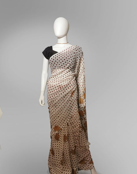 Saree in Off White and Maroon with Floral and Dotted Print - IFX