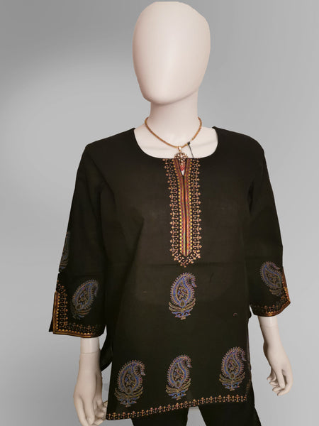 3/4 Sleeve Kurti Top in Black with Embroidery - IFX