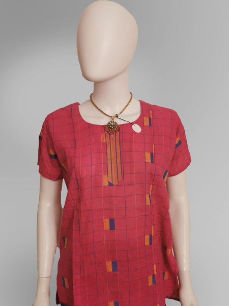 Half Sleeve Kurti Top in Print Design - IFX