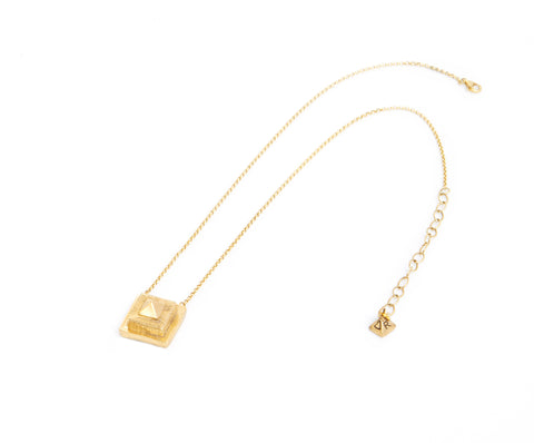 Dea Rail Munero Single Pendant 1