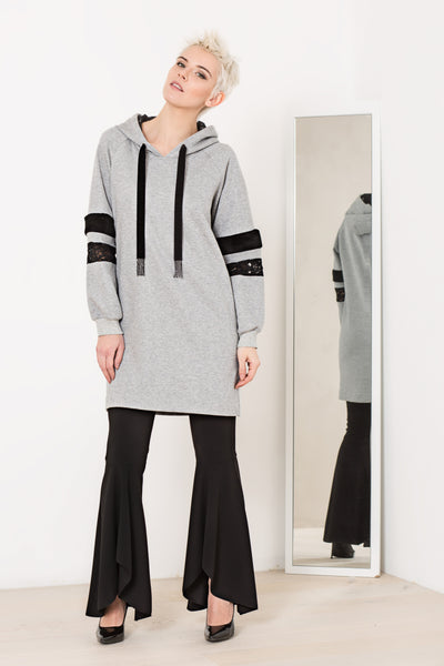 Eleonora Azzolina Maxi Boston Sweatshirt 1