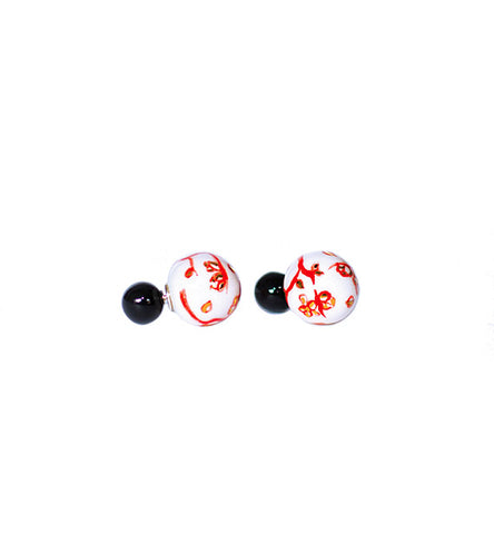 Netsuke Marui Black and White Earrings 1