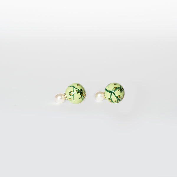 Netsuke Marui Green and White Earrings 1