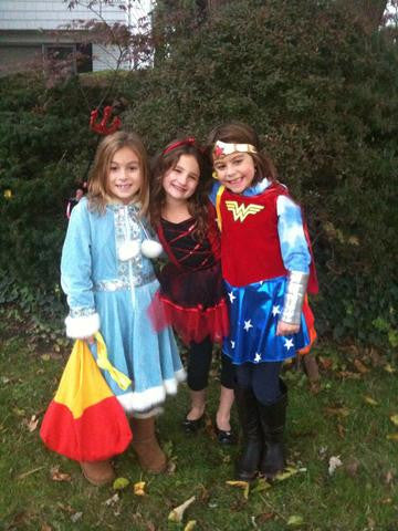 Best Friends Forever - Halloween Style