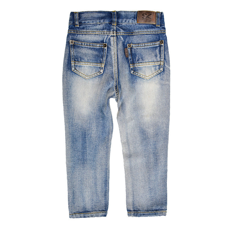 Distressed Light Wash Jean