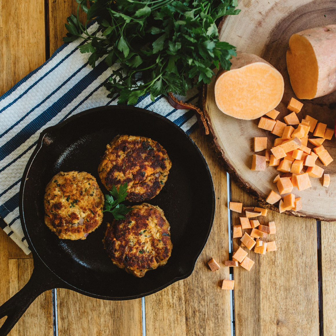 Grain-free salmon & sweet potato cakes (W30)