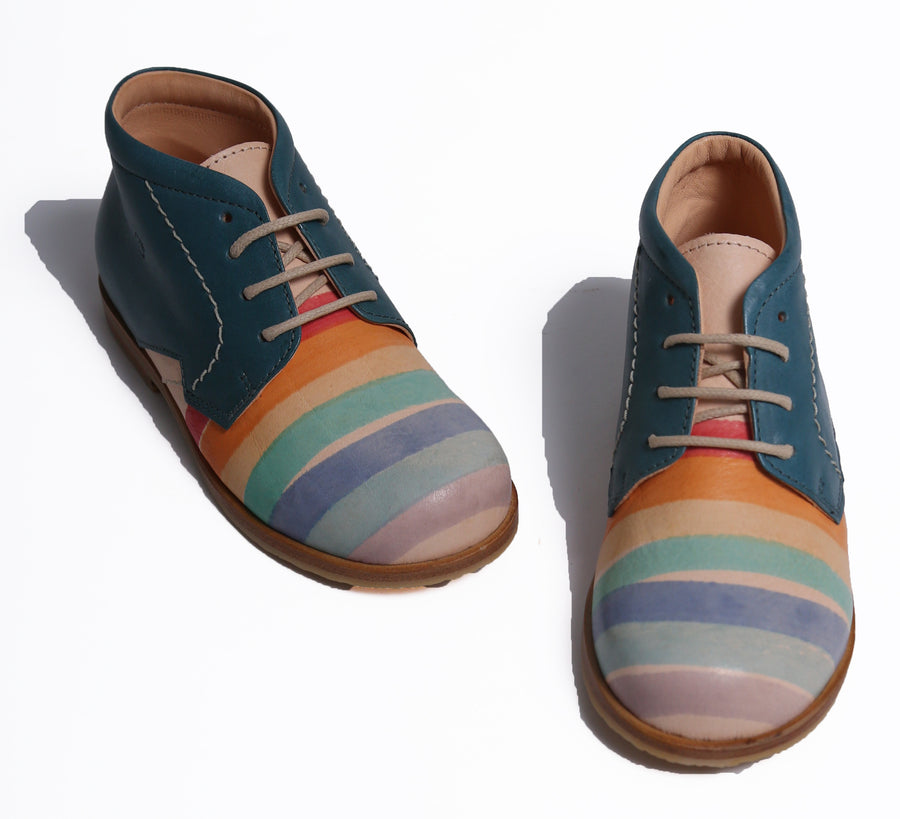 Striped Lace-Up Shoes