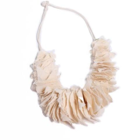 Womens Stacked Feathered Muslin Necklace