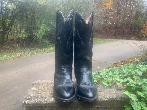 Size 10 women's Dan Post boots