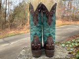 Size 9 women's Ariat boots