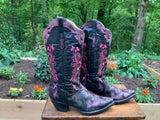 Size 9 women's Bodacious Boot Co.