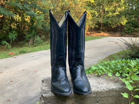 Size 8 women's Panhandle Slim boots