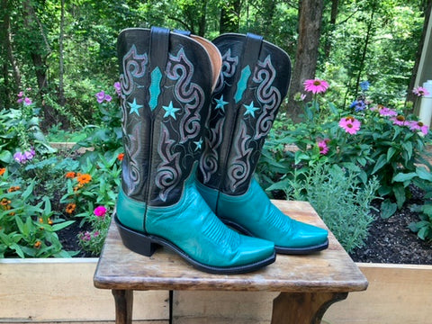 Size 6.5 women's Lucchese boots