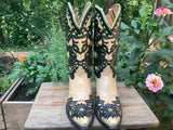 Size 9 women's Liberty boots